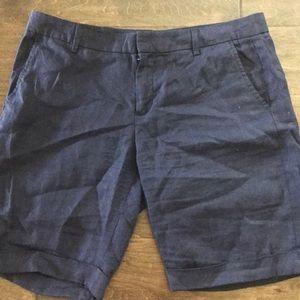 Navy Linen Gap cuffed shorts
